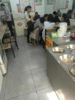 芙蓉区湘雅医院公交站台旁餐饮旺铺转让