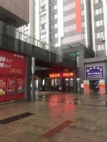 江夏区阳光100商业街入口第二间门面黄金地段