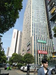 大型办公楼旁中式餐饮店低价急转让(可空转)