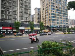 天心区金桂小区商业街500㎡茶餐厅转让(可空转