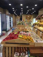 洪山区110平米漫山趣味水果零食店铺转让