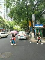 江汉区民生路花楼街330平门面出租