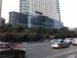 芙蓉中路华菱大厦30-1000平米旺铺招商