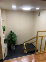 汉阳区建港地铁口260平棋牌室转让