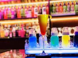 五一广场坡子街盈利经营中酒吧转让