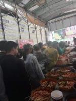 雨花区商贸美食街美食摊位转让或出租